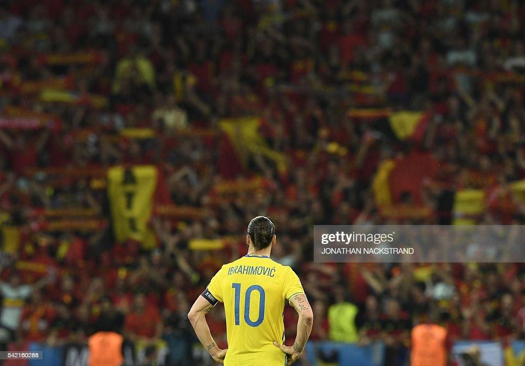 TOPSHOT-FBL-EURO-2016-MATCH36-SWE-BEL : News Photo