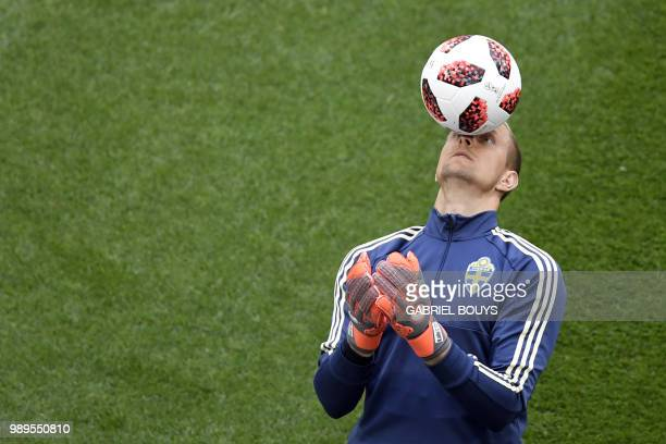 TOPSHOT Sweden's goalkeeper Robin Olsen takes part in a training session at SaintPetersburg stadium on July 2 on the eve of the team's round of...