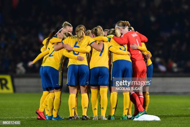 Sweden's players gather during the friendly football match between France and Sweden on November 27 2017 at the ChabanDelmas stadium in Bordeaux...