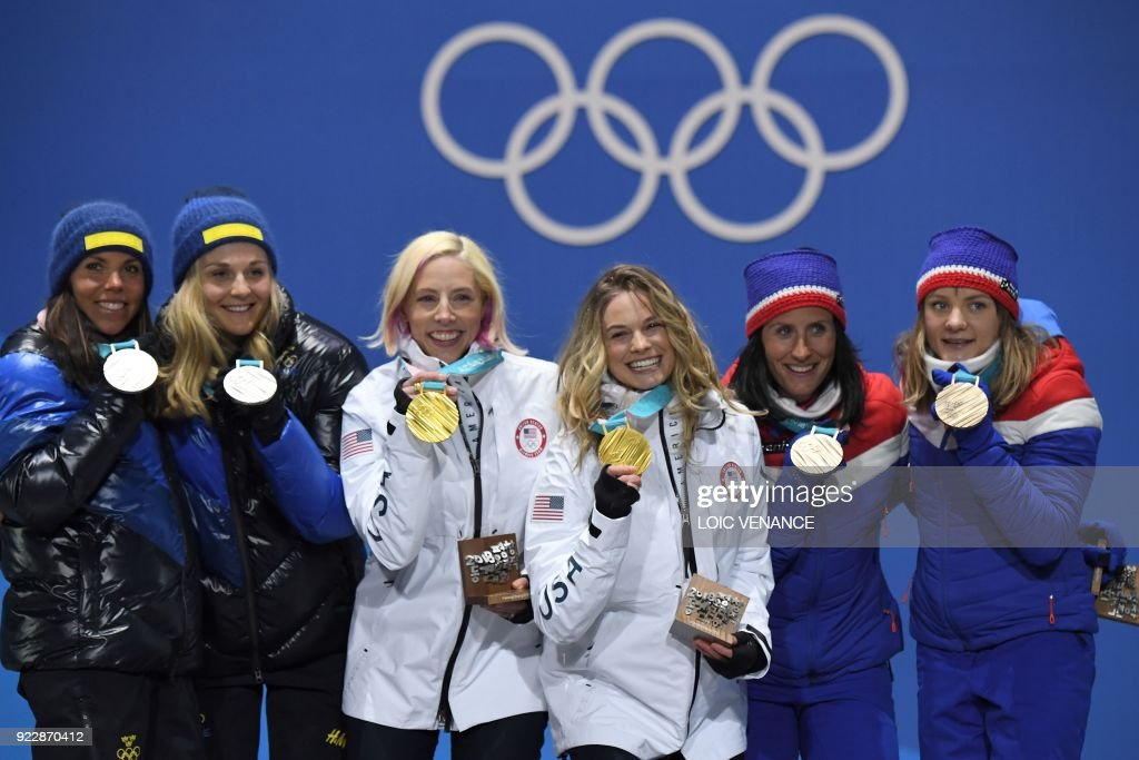 CCOUNTRY-OLY-2018-PYEONGCHANG-MEDALS : News Photo