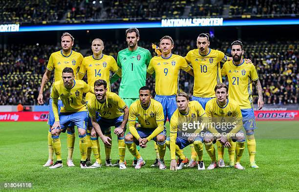 Swedens Team picture from back left Andreas Granqvist Victor Nilsson Lindelöf goalkeeper Andreas Isaksson Kim Källström Zlatan Ibrahimovic and...
