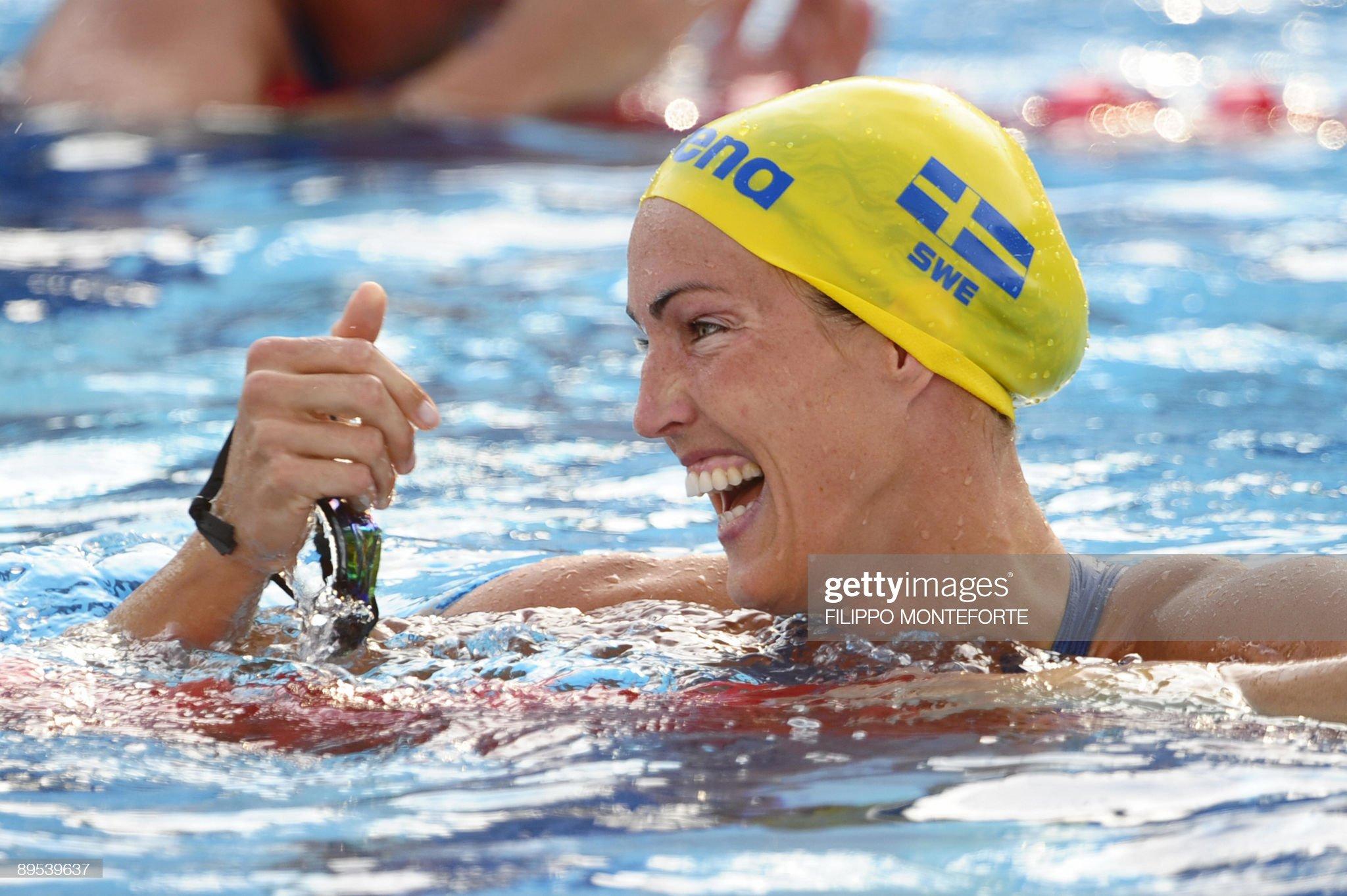 Sweden's Therese Alshammar celebrates af : Fotografía de noticias