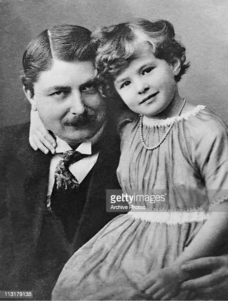 Swedish actress Ingrid Bergman with her father artist Justus Bergman circa 1920