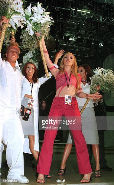 Swedish Charlotte Nilsson Celebrates During An Encore In Jerusalem Earlier Sunday May 30 1999 After Winning The Eurovision Song Contest With The...