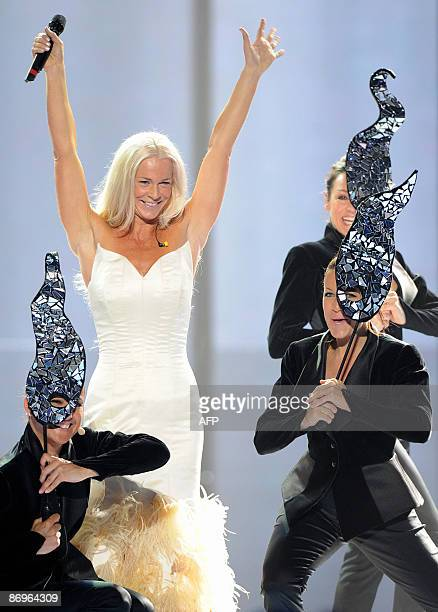 Swedish entry into the 2009 Eurovision song contest Malena Ernman rehearses in Moscow on May 11 2009 The grand finale of the 54th edition of the...