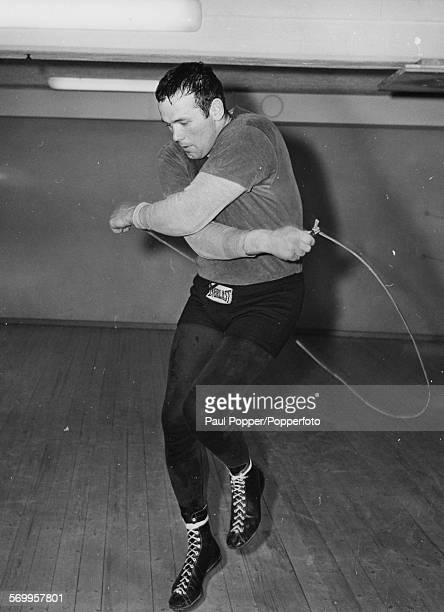 Swedish european heavyweight champion boxer Ingemar Johansson works out with a skipping rope during a training session at his local club in...