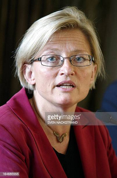 Swedish Foreign Minister Anna Lindh speaks during a signing ceremony 21 May 2003 in Stockholm Sweden of the Framework Agreement on a Multilateral...