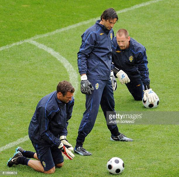 Swedish goalkeeper Andreas Isaksson Swedish goalkeeper Rami Shaaban and Swedish goalkeeper Johan Wiland practice during a training session on June 17...