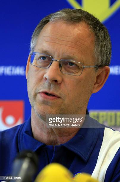 Swedish head coach Lars Lagerback addresses a press conference in Bochum, 09 June 2006, in advance of the team's first match against Trinidad &...