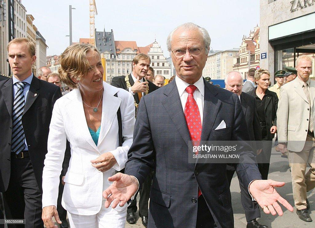 Swedish King Carl Gustaf Gestures While Talking To Juliane News