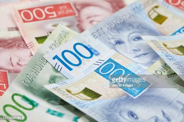 swedish money in different values - スウェーデン通貨 ストックフォトと画像