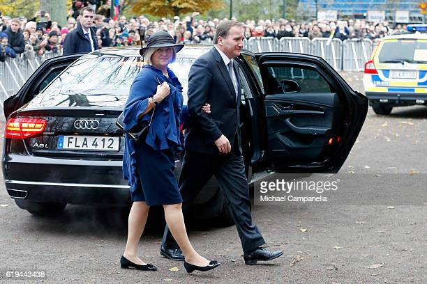 Swedish Prime Minister Stefan Lofven and his wife Ulla Lofven arrive prior to Pope Francis at Kungshuset on October 31 2016 in Lund Sweden The Pope...
