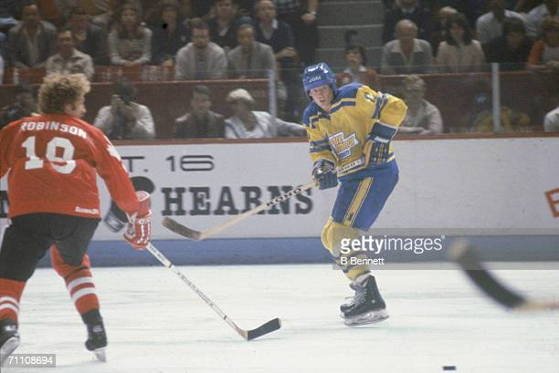 Swedish professional hockey player Ulf Nilsson in action at the 1981 Canada Cup September 1981