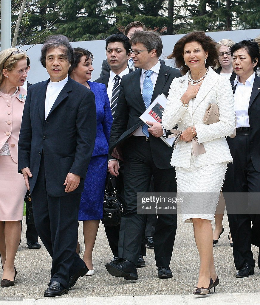 Swedish Queen Silvia (R) tours 21_21 Design Sight designed by Japanese architect Tadao Ando (L) at Tokyo Midtown on March 26, 2007 in Tokyo, Japan. The Swedish King and Queen are on a week long visit to Japan.