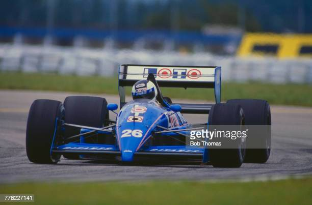 Swedish racing driver Stefan Johansson drives the Ligier Loto Ligier JS31 Judd CV 35 V8 to finish in 9th place in the 1988 Brazilian Grand Prix at...