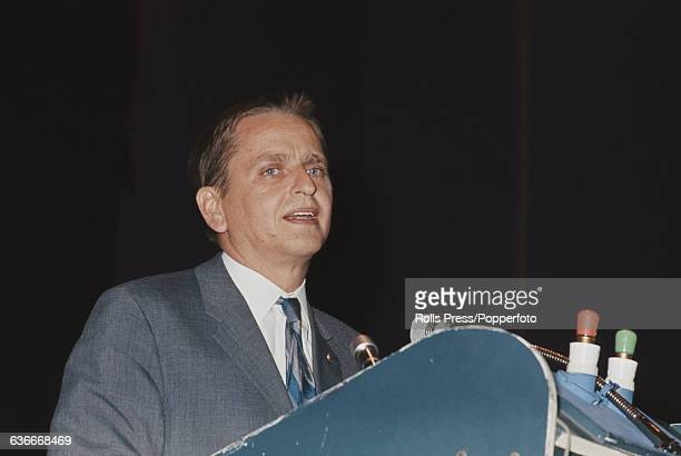 Swedish Social Democratic politician Olaf Palme speaks from the platform at the Congress of the Socialist International in Eastbourne England on 18th...