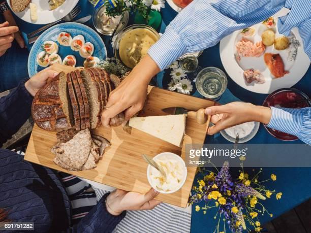 Schwedischen Sommer Midsommar Mittsommer-fest-Dinner-party