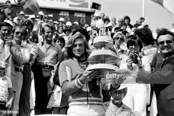 Swedish tennis player Bjorn Borg celebrates his 20th birthday during the Roland Garros 1976 French Tennis Open in Paris on June 6 1976