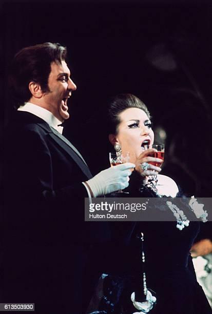 Swedish tenor Nicolai Gedda sings with Spanish soprano Montserrat Caballe