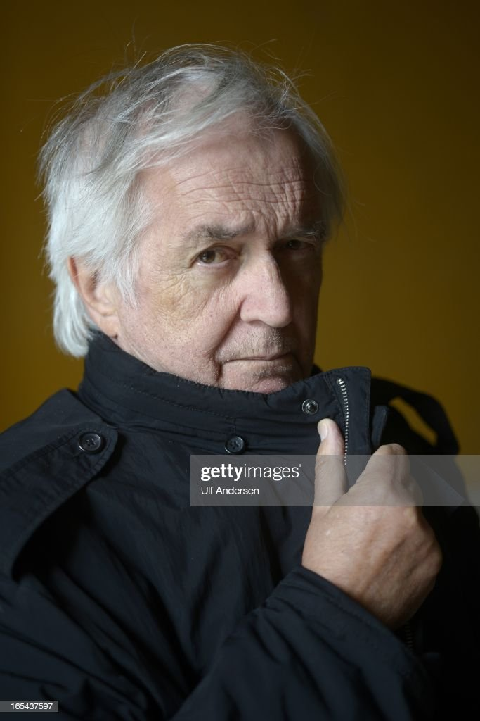 UNS: In Focus: Author Henning Mankell Dies At 67