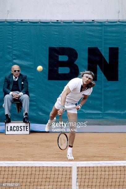 Swedish's Bjorn Borg returns to Italian's Corado Barazzutti during their French tennis Open quarterfinal match at the Rolland Garros stadium in Paris...