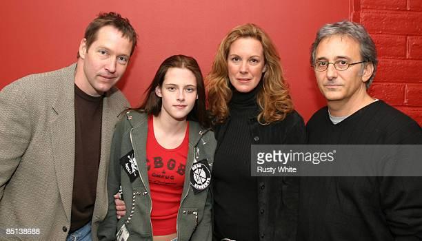 DB Sweeney Kristen Stewart Elizabeth Perkins and Fred Barner