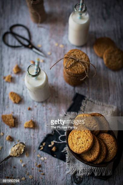 Sweet and crunchy coconut cookies