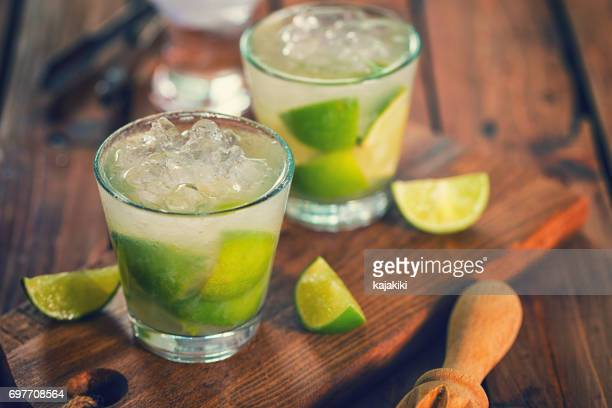 Süße und erfrischende Getränk Caipirinha Cocktail