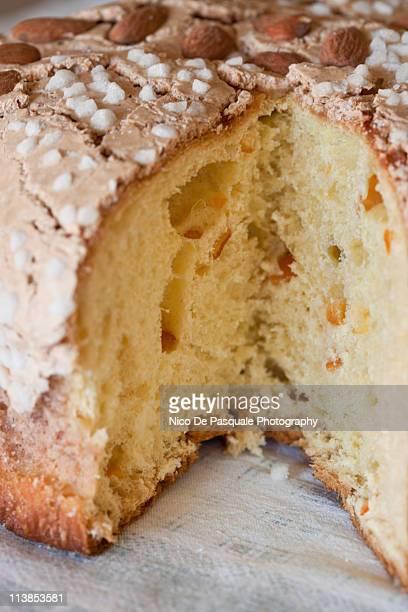 sweet bread, colomba pasquale - colomba pasqua foto e immagini stock