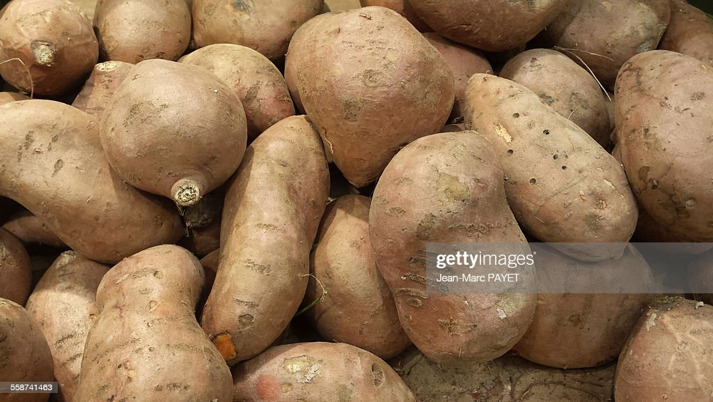 Sweet Potatoes from organic agriculture. : Photo