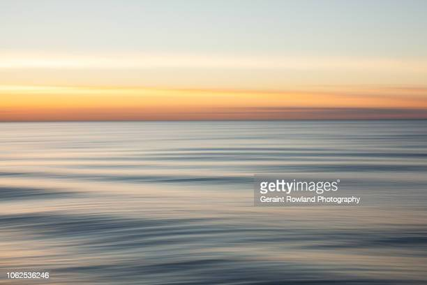 swell lines, artistic ocean photography - screen saver stock photos and pictures