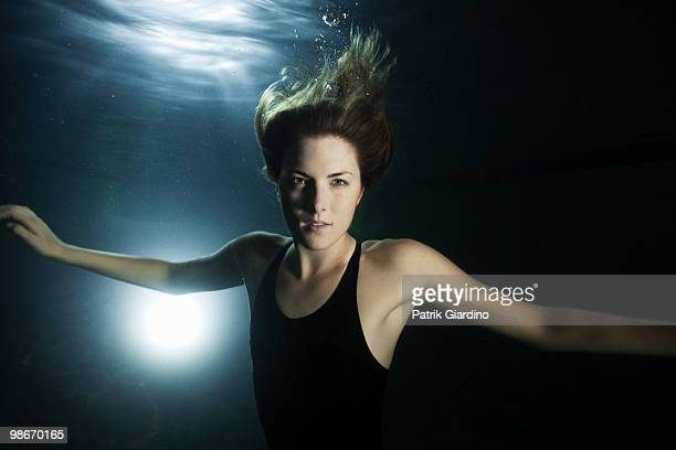 swimmer - newhealth stock pictures, royalty-free photos & images