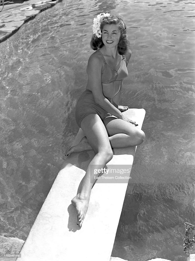 c728d02b4 Swimming champion and future movie star Esther Williams poses for a ...