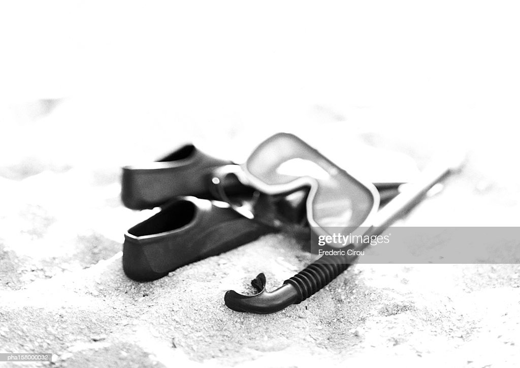Swimming mask, snorkel and flippers, b&w. : Stockfoto