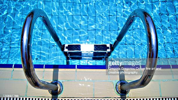 swimming pool - gregoria gregoriou crowe fine art and creative photography stock-fotos und bilder