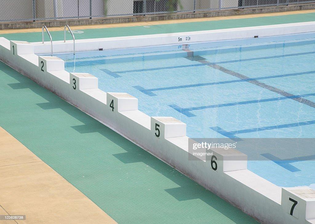 Swimming pool : ストックフォト