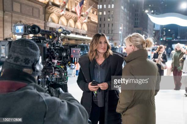 UNIT Swimming With The Sharks Episode 21015 Pictured Mariska Hargitay as Captain Olivia Benson Kelli Giddish as Detective Amanda Rollins