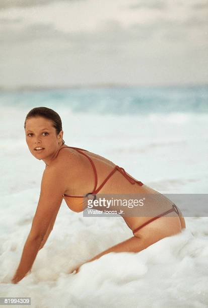 Swimsuit Issue 1975: Model Christie Brinkley poses for the 1975 Sports Illustrated Swimsuit issue on November 22, 1974 in Cancun, Mexico. PUBLISHED...