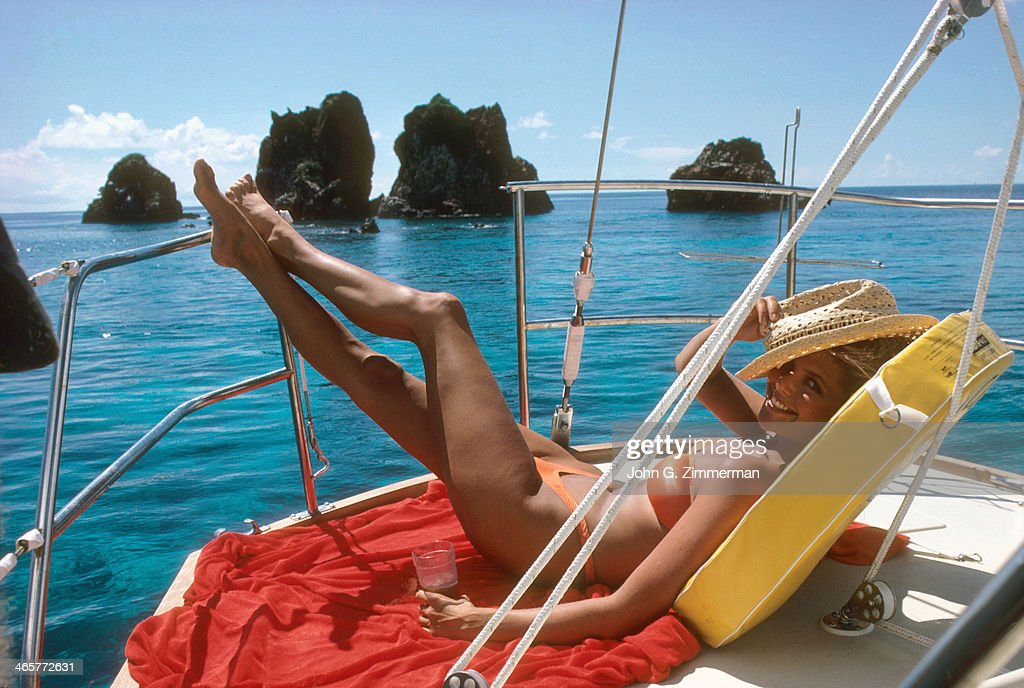 Model Christie Brinkley is photographed for the 1980 Sports Illustrated Swimsuit issue on November 23, 1979 in Tortola, US Virgin Islands. PUBLISHED IMAGE.