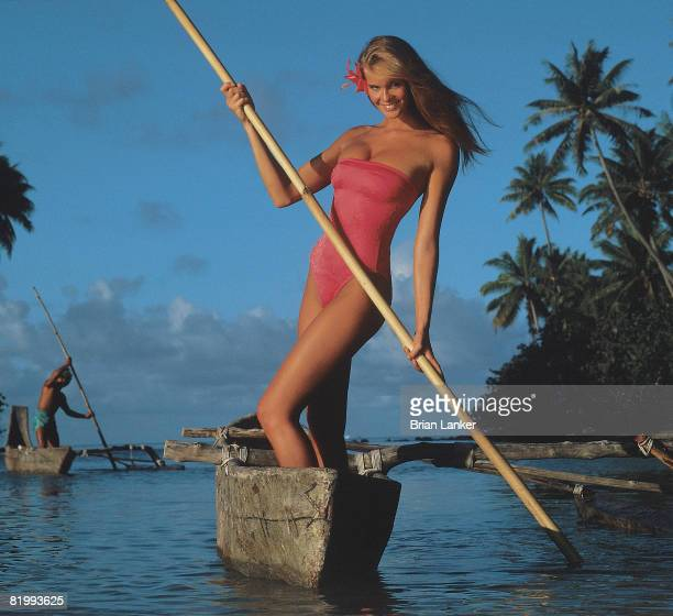 Swimsuit Issue 1986 Model Elle Macpherson poses for the 1986 Sports Illustrated swimsuit issue in 1986 in BoraBora French Polynesia PUBLISHED IMAGE...
