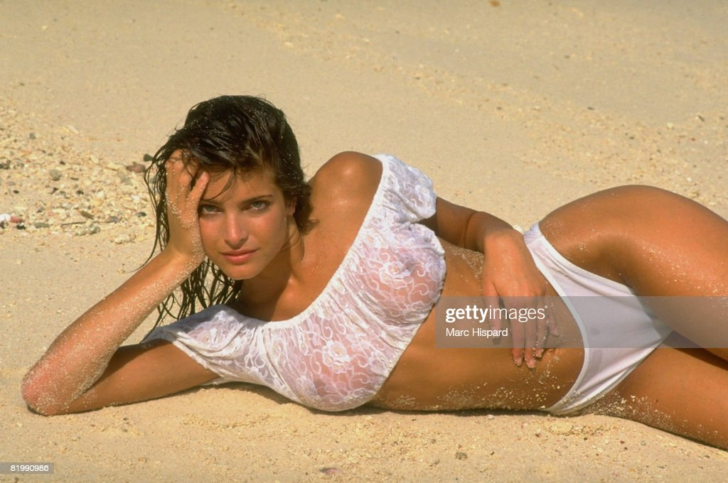 Stephanie Seymour, Sports Illustrated, Swimsuit 1988 : News Photo