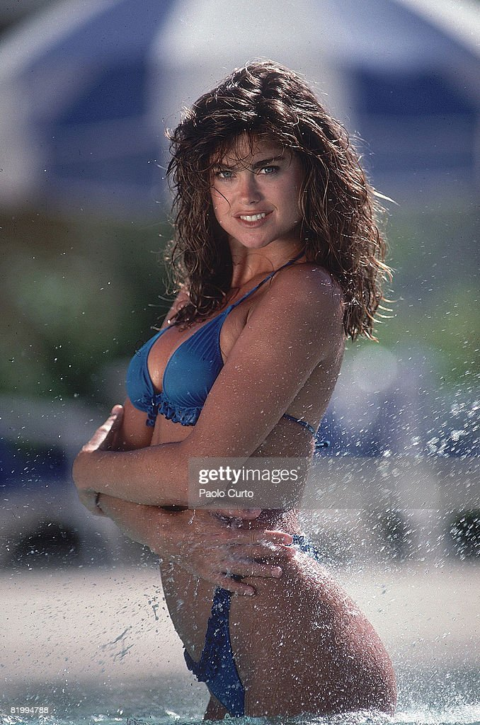 Kathy Ireland Swimsuit Issue 1989 Pictures Getty Images