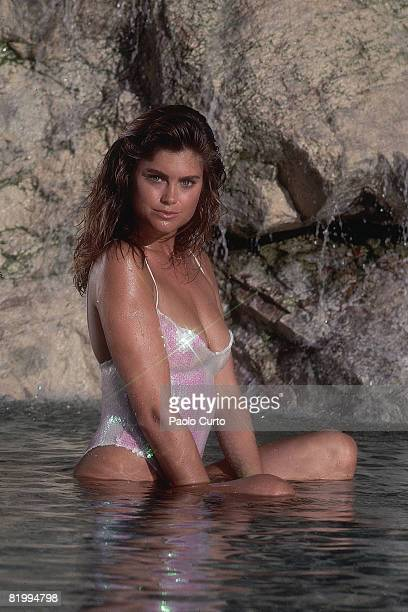 Swimsuit Issue 1989: Model Kathy Ireland poses for the 1989 Sports Illustrated Swimsuit issue on January 2, 1989 in Cabo San Lucas, Mexico. PUBLISHED...