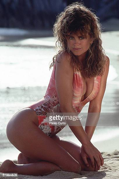 Swimsuit Issue 1989 Model Kathy Ireland poses for the 1989 Sports Illustrated Swimsuit issue on January 2 1989 in Cabo San Lucas Mexico PUBLISHED...