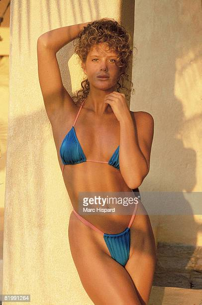 Swimsuit Issue 1989 Model Rachel Hunter is photographed for the 1989 Sports Illustrated Swimsuit issue on January 2 1989 at Las Brisas on Mexican...