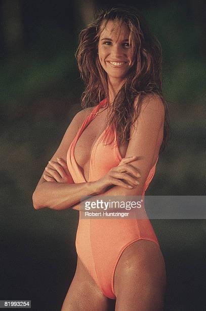 Swimsuit issue 1990: Model Elle Macpherson poses for the 1990 Sports Illustrated Swimsuit issue on January 19, 1990 on Argyle Beach in Saint Vincent...
