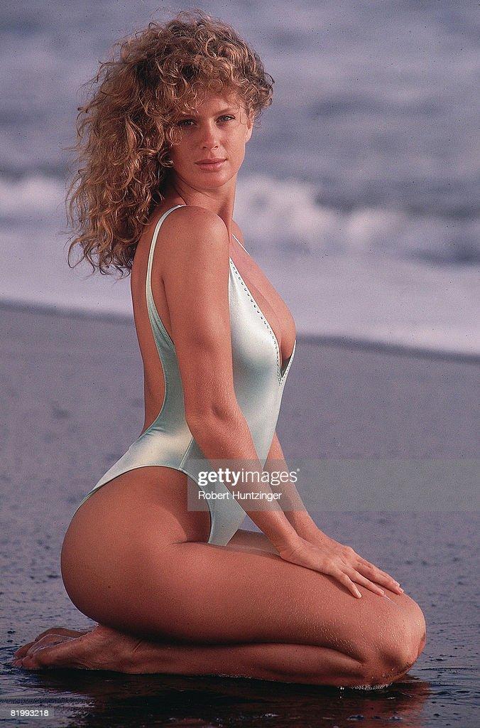 Rachel Hunter, Sports Illustrated, Swimsuit 1990 Photos