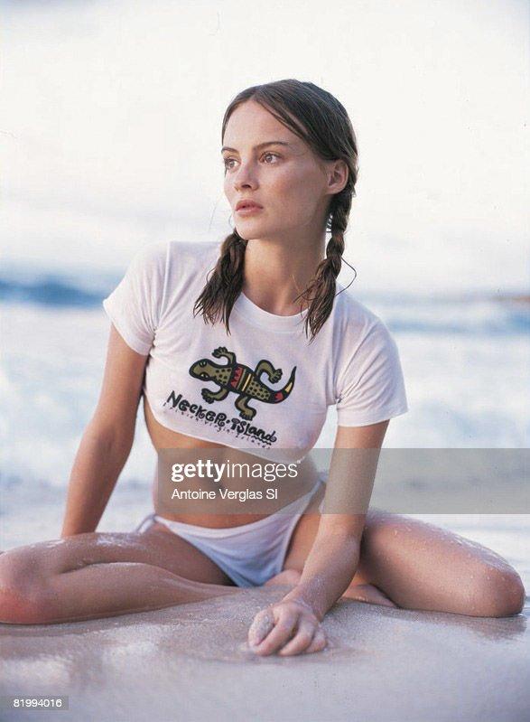 Michelle Behennah, Sports Illustrated, Swimsuit 1999 : News Photo
