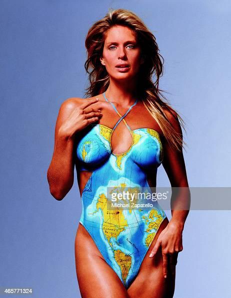 Rachel Hunter Sports Illustrated Swimsuit 2003 Photos