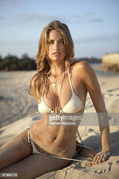 Swimsuit Issue 2008 Model Julie Henderson poses for the 2008 Sports Illustraed Swimsuit issue on September 12 2007 in Caesarea Isreal Bikini by...